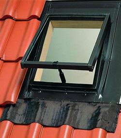 CE1685 1 Мансардные окна